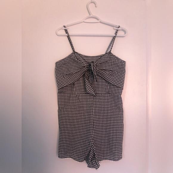 Dresses & Skirts - Romper